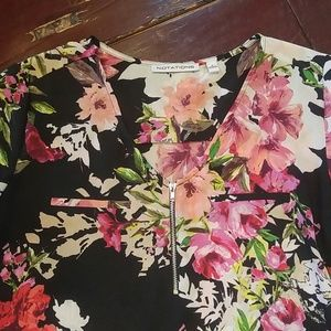 Like New Floral Notations Blouse